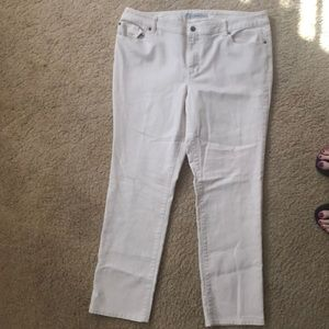 Chicos size 3 ivory off white jean